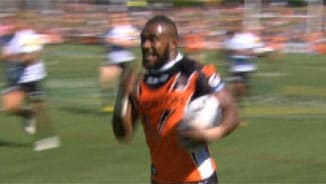 Rd2: Wests Tigers v Panthers (1)