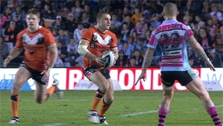 Rd 10: Sharks v Wests Tigers (Hls)