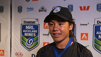 Auckland Nines ball girl thanks Steph Hancock